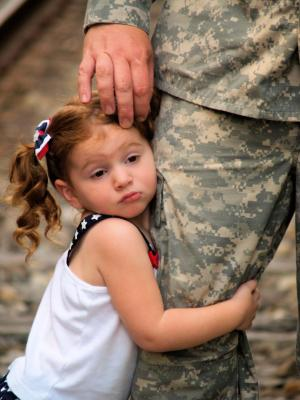 single parents serving in the military Parents & family a message to parents for a young adult, the decision to join the army will be the most important choice of his or her life but that decision can be difficult to make without the support of family and friends this section is designed to help you understand the benefits of military service, and what you can expect for the.